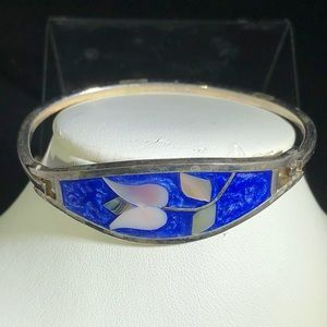 Jewelry - Mexican Alpaca Bracelet with mother of pearl